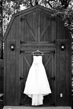 country wedding dress picture dress on the barn! Wedding Dress Pictures, Farm Wedding, Wedding Pictures, Wedding Bells, Dream Wedding, Wedding Stuff, Country Wedding Photos, Country Wedding Dresses, Country Weddings
