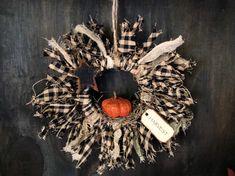 Rustic Crafts, Primitive Crafts, Primitive Christmas, Christmas Angel Ornaments, Diy Christmas Gifts, Christmas Stuff, Christmas Ideas, Fabric Wreath, Diy Wreath