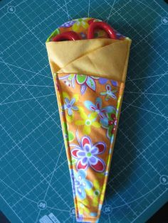 Vicki's Fabric Creations: Folded Fabric Scissor Holder-Rounded Top Version - free pattern