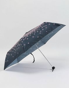 Find the best selection of Fulton Superslim 2 Raining Roses Umbrella. Shop today with free delivery and returns (Ts&Cs apply) with ASOS! Fulton Umbrella, Black Umbrella, Ladies Umbrella, Her Majesty The Queen, Heritage Brands, Rain Wear, Cleaning Wipes, Floral Design, Asos