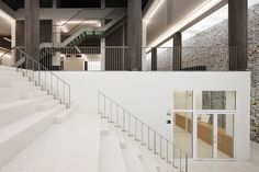 Kazerne Dossin / awg architects  *handrail base