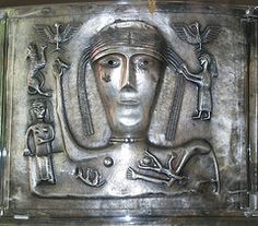 celtic goddess with a servant and birds