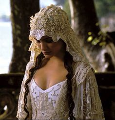 Amidala star wars costume - apparently part antique lace. Stunning, although think they should have dyed the front a little more cream, that whites too stark...