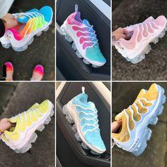 Image of Nike VaporMax Plus x Kylie Boon Nike Shoes Air Force, Nike Air Max, Jordan Nike, Cute Sneakers, Shoes Sneakers, Souliers Nike, Fly Shoes, Kylie, Jordan Shoes Girls