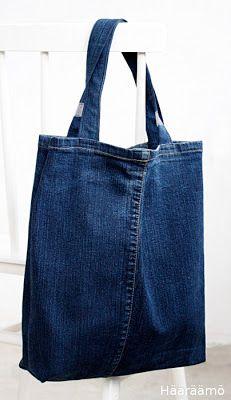 Hääräämö: Kassi farkkujen lahkeista