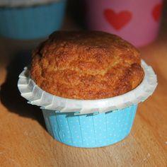 Gâteau au yaourt végétalien (vegan)  : http://cuisine-vegane.blogspot.fr/2015/04/gateau-au-yaourt-vegetalien-vegan.html