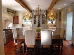 country kitchen with dining area French Country Interiors, Country Interior Design, Country Kitchen Designs, French Country Kitchens, French Country House, French Country Decorating, Interior Design Kitchen, White Kitchens, Dream Kitchens