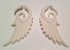 "Fake Gauge Earrings - ""Pointed Wing"" - Bone - Organic - Detailed Carving Primal Distro,http://www.amazon.com/dp/B00ASCTYGQ/ref=cm_sw_r_pi_dp_.WWIsb1JMBPFX82R"