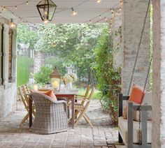 I love this patio! Looks like the perfect place to have dinner and a bottle of wine with great friends.    Isle of Hope loggia, Savannah, GA.  Linn Gresham Haute Decor.