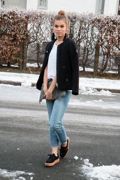 Clutch- HUNKY DORY jacket- WIGGYS Jeans- Gina Tricot Shoes- Puma (Rihanna Creepers)
