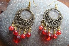 .Σκουλαρικια boho antique με κοκκινους κρυσταλλους 10€ Charmed, Drop Earrings, Boho, Bracelets, Jewelry, Fashion, Moda, Jewlery, Jewerly
