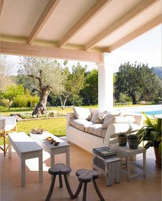 Outside cottage from XIX Century - Mallorca Island Mallorca Island, Outdoor Furniture Sets, Outdoor Decor, Home Projects, Outdoor Living, Backyard, Home Decor, Balcony, Happiness