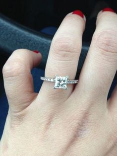 pictures of your PRINCESS CUT DIAMOND engagement rings!!! « Weddingbee Boards