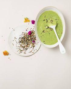 Gaspacho courgette, chou kale, et lait de coco pour 4 personnes - Recettes Elle à Table