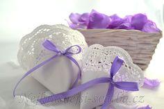 Plátky růží fialkové, Svatební dekorace, Plátky růží -