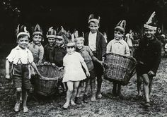 The Foundling Hospital Anti-Litter Band, c.1930.