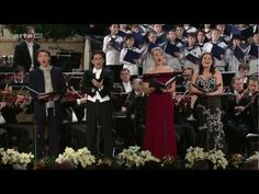 Christmas in Vienna 2008(HD) - YouTube. This is just beautiful. I think everybody will like