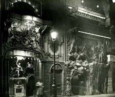 These Popular Nightclubs Of 1920s Paris Are 100% Terrifying