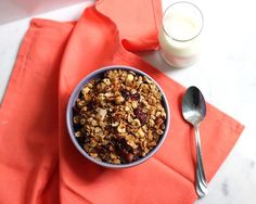 Roasted hazelnuts and quinoa are perfectly paired with cinnamon, coconut, and nutmeg in this tasty Coconut Quinoa Hazelnut Granola from Dietitian Debbie Dishes. The hazelnut adds a nice roasted fla… Breakfast Dishes, Breakfast Recipes, How To Roast Hazelnuts, Clean Eating Recipes, Cooking Recipes, Myfitnesspal Recipes, Coconut Quinoa, No Calorie Foods, Recipes