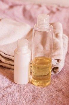 Washing emulsion for babies