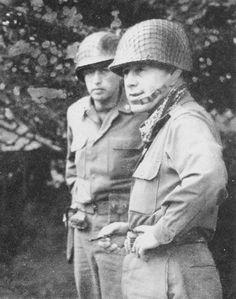 Major-General Charles H. Gerhardt (right), Saint-Lô, july 1944.