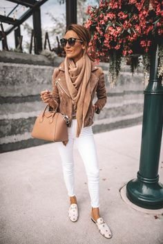 Here is White Jeans Outfit Collection for you. White Jeans Outfit what to wear with white jeans 5 combos youll love who. Outfit Jeans, White Jacket Outfit, Loafers Outfit, White Heels Outfit, Women's Jeans, Jean Outfits, Casual Outfits, Cute Outfits, Casual White Jeans Outfit Summer
