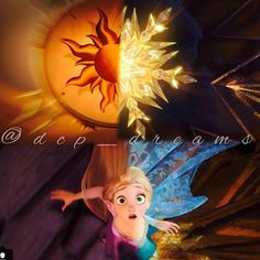 Rapunzel|Elsa>>I love this but find it really funny that even as their faces line up, their bodies don't(i.e. Arms of course but their boobs are facing two different directions )
