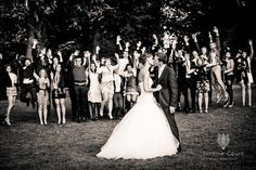Mariage-photo-groupes-amis-maries