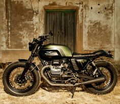 """Mr. Green"" Moto-Guzzi V7 By Macco Motors, Via Moto-Mucci."