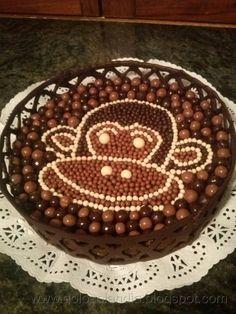 Golosolandia (Tartas y postres caseros): Tarta de chocolate y natillas.  http://golosolandia.blogspot.com.es/2013/02/tarta-de-chocolate-y-natillas.html