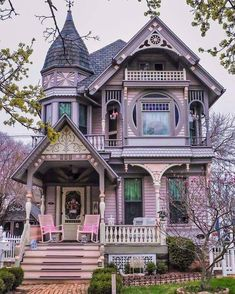 Victorian Homes Exterior, Victorian Style Homes, Victorian Architecture, Victorian Houses, Victorian House Plans, Casas Country, Cute House, Gothic House, Beautiful Buildings