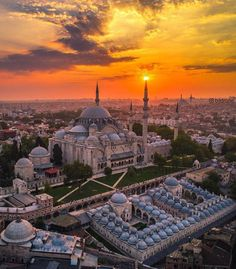 Magical İstanbul Blue Mosque Istanbul, Istanbul City, Istanbul Travel, World Cities, Countries Of The World, Travel Around The World, Around The Worlds, Beautiful Mosques, Hagia Sophia