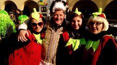 Beim #Fasching in #Waidmannsdorf herrschte richtig tolle Stimmung. Alle waren mit guter Laune mit dabei. #Klagenfurt am Wörthersse war ganz in der Hand der Faschingsanhänger. Klagenfurt, Crown, Good Mood, Amazing, Mood, Life, Nice Asses, Corona, Crowns