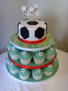 New cupcakes decoration football decorating supplies ideas Soccer Birthday Cakes, Soccer Party, Soccer Cakes, Soccer Theme, Cake Football, Football Themed Cakes, Football Football, Football Field, Mini Cakes