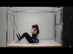 Pilates - Abdominal com a Over Ball no Cadillac - YouTube