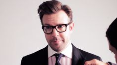 Jason Sudeikis-so FUNNY i luv the funny Upright Citizens Brigade, Snl Cast Members, Jason Sudeikis, Scottish Actors, Mane Event, Monologues, Sharp Dressed Man, Good Looking Men, Man Humor
