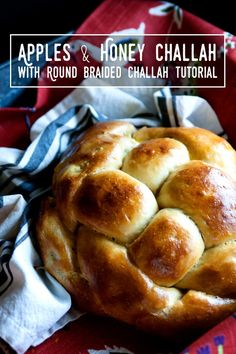 Apples & Honey Challah with Round Braided Challah Tutorial. Round challah is traditional for Rosh Hashanah, and so are apples and honey! This recipe marries the two together. You can make a savory or dessert version! Empanadas, Challah Bread Recipes, Round Challah Recipe, Cinnamon Apples, Cinnamon Bread, Cinnamon Rolls, Apple Filling, Jewish Recipes, Rosh Hashanah