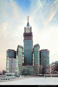 Makkah Clock Royal Tower, Mecca, Saudi Arabia  © courtesy of Makkah Clock Royal Tower - A Fairmont Hotel