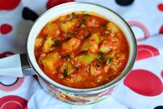 Tocanita de dovlecei si rosii - CAIETUL CU RETETE Vegan Recipes, Vegan Food, Avocado, Curry, Ethnic Recipes, Curries, Veggie Food, Lawyer, Vegane Rezepte