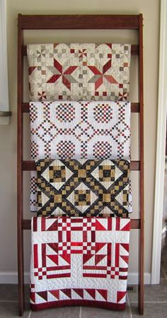 We love how Helen displays her gorgeous quilts! If you are like us, we are always looking for unique ways to display our quilts. Quilting Room, Quilting Tips, Quilting Projects, Quilt Ladder, Blanket Ladder, Jacob's Ladder, Quilt Hangers, Sew Kind Of Wonderful, Quilt Display