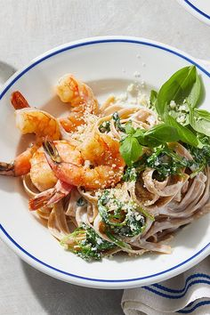 This quick and easy 20-minute creamy lemon pasta recipe incorporates shrimp, whole wheat fettuccine pasta, garlic, red pepper, arugula, yogurt, lemon, parmesan cheese and basil to create the ultimate comfort food meets seafood recipe. Whether you're looking to eat this shrimp recipe as a cozy weeknight dinner for two, pack it for lunch, or eat it over the weekend for a date night recipe, it's a great choice for an Italian recipe. #italianrecipes #pastarecipes #shrimprecipes #shrimppasta Healthy Comfort Food, Healthy Meals For Two, Healthy Recipes, Fettuccine Pasta, Shrimp Pasta, Shrimp Recipes, Pasta Recipes, Date Night Recipes, Sustainable Seafood