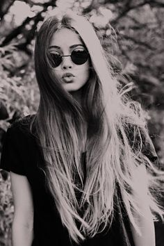 Ombre Hair & Round Sunglasses