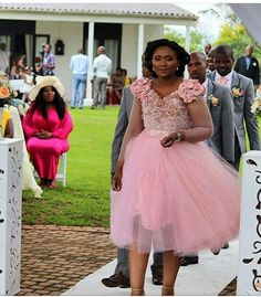 African Bridesmaid Dresses, African Wedding Attire, African Lace Dresses, Satin Bridesmaid Dresses, Lace Bridesmaids, African Fashion Dresses, Cocktail Wedding Attire, Traditional Wedding Attire, Lace Weddings