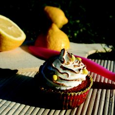 Cupcakes au citron meringué.  Jil Depasse.