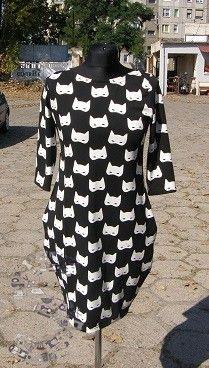 Sukienka w kocie maski rozm. 40