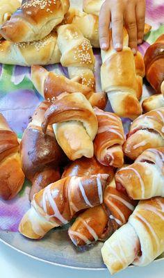 Fika, Pretzel Bites, Brunch, No Bake Cake, Sweet Recipes, Deserts, Sweets, Bread, Cookies