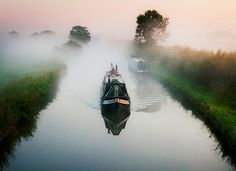 Misty morning on the Grand Union Canal, UK