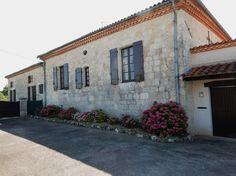 Belle maison en pierres de 210 m²...