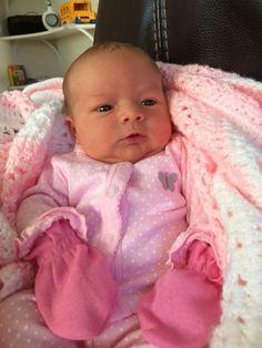 Cute Little Baby, Baby Kind, Cute Baby Girl, Little Babies, Baby Boy, Cute Baby Pictures, Baby Photos, Wiedergeborene Babys, Cute Babies Photography