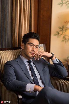 Hairstyles Men Asian Godfrey Gao Ideas For 2019 - New Site Handsome Asian Men, Sexy Asian Men, Sexy Men, Asian Guys, Handsome Men In Suits, Handsome Male Models, Godfrey Gao, Asian Male Model, Latino Men
